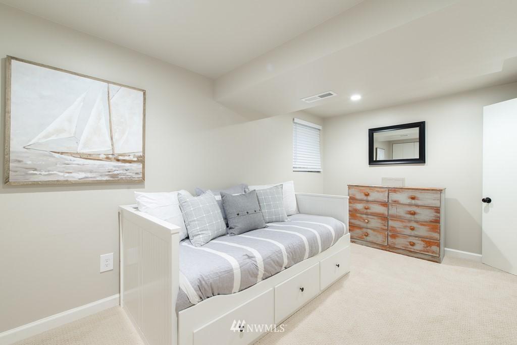 Sold Property | 10747 Sand Point Way NE Seattle, WA 98125 19