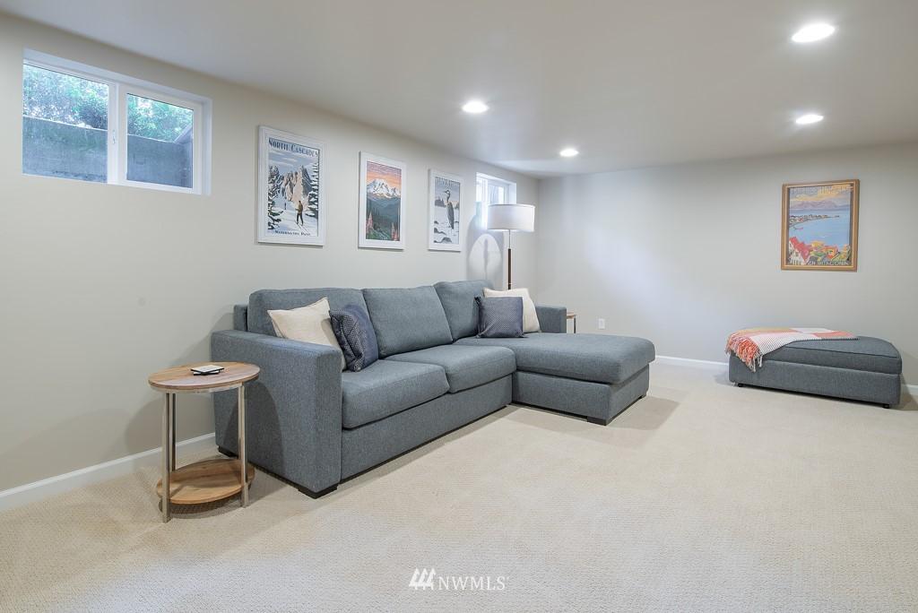Sold Property | 10747 Sand Point Way NE Seattle, WA 98125 22
