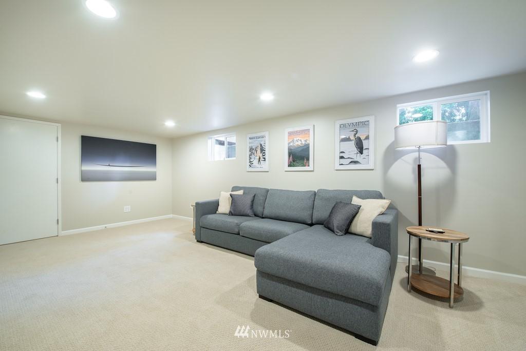 Sold Property | 10747 Sand Point Way NE Seattle, WA 98125 24