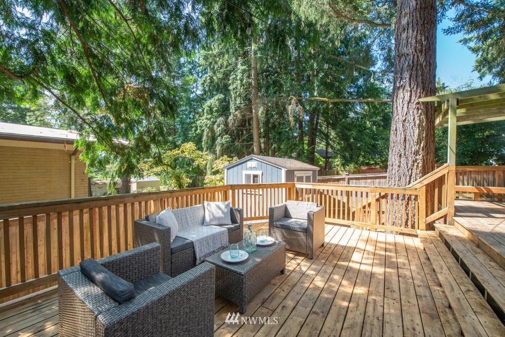 Sold Property | 10747 Sand Point Way NE Seattle, WA 98125 32