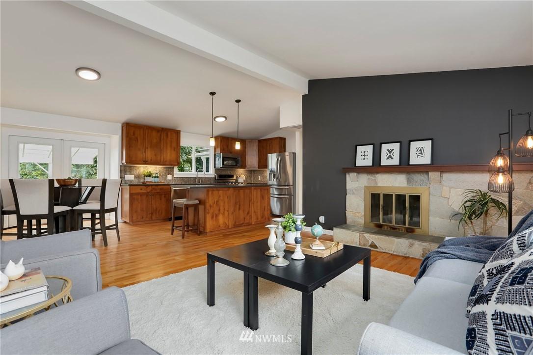 Sold Property | 20430 79th Avenue W Edmonds, WA 98026 3