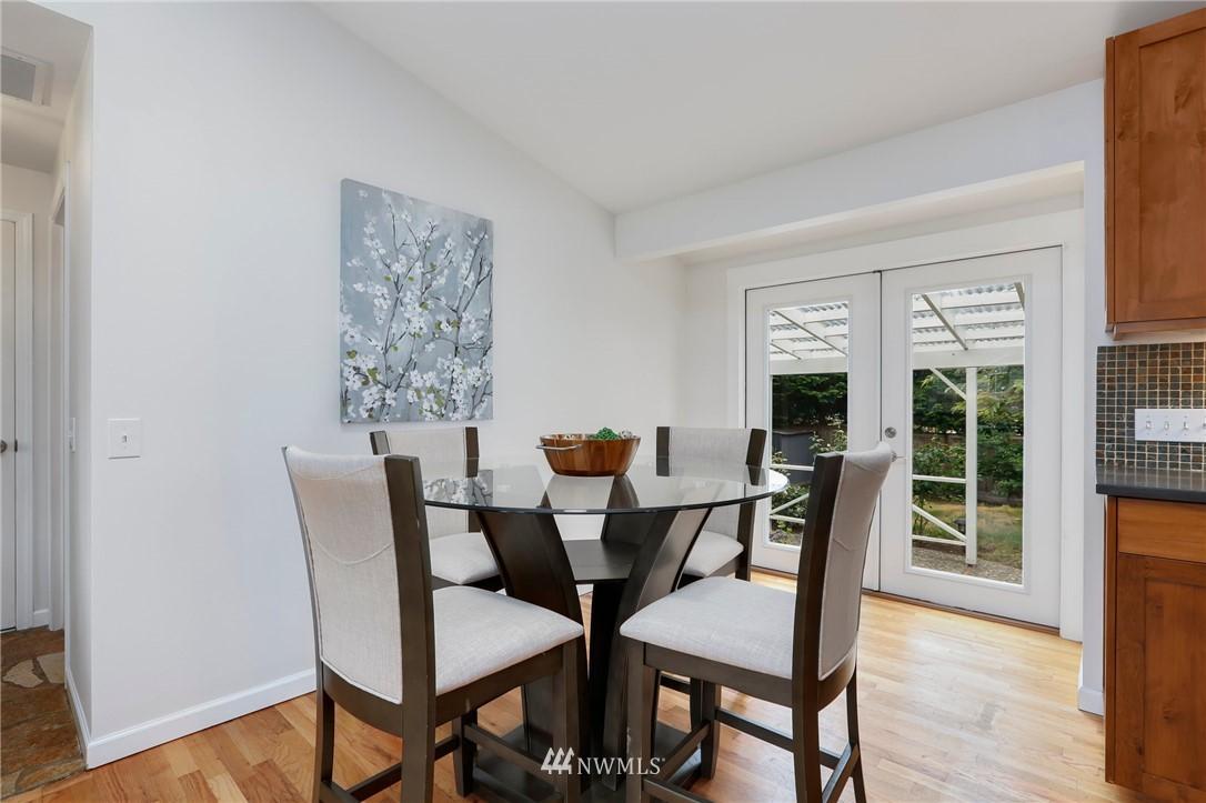 Sold Property | 20430 79th Avenue W Edmonds, WA 98026 8
