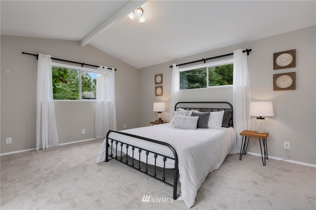 Sold Property | 20430 79th Avenue W Edmonds, WA 98026 13