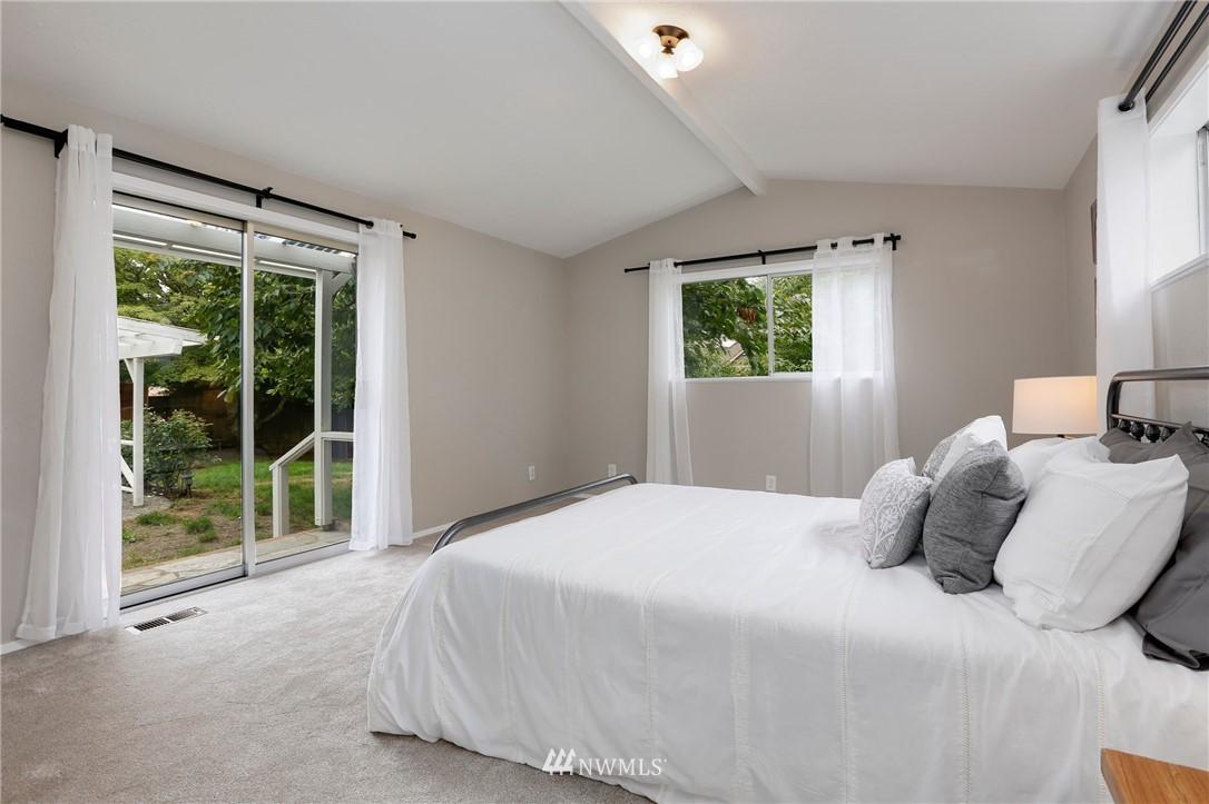 Sold Property | 20430 79th Avenue W Edmonds, WA 98026 15