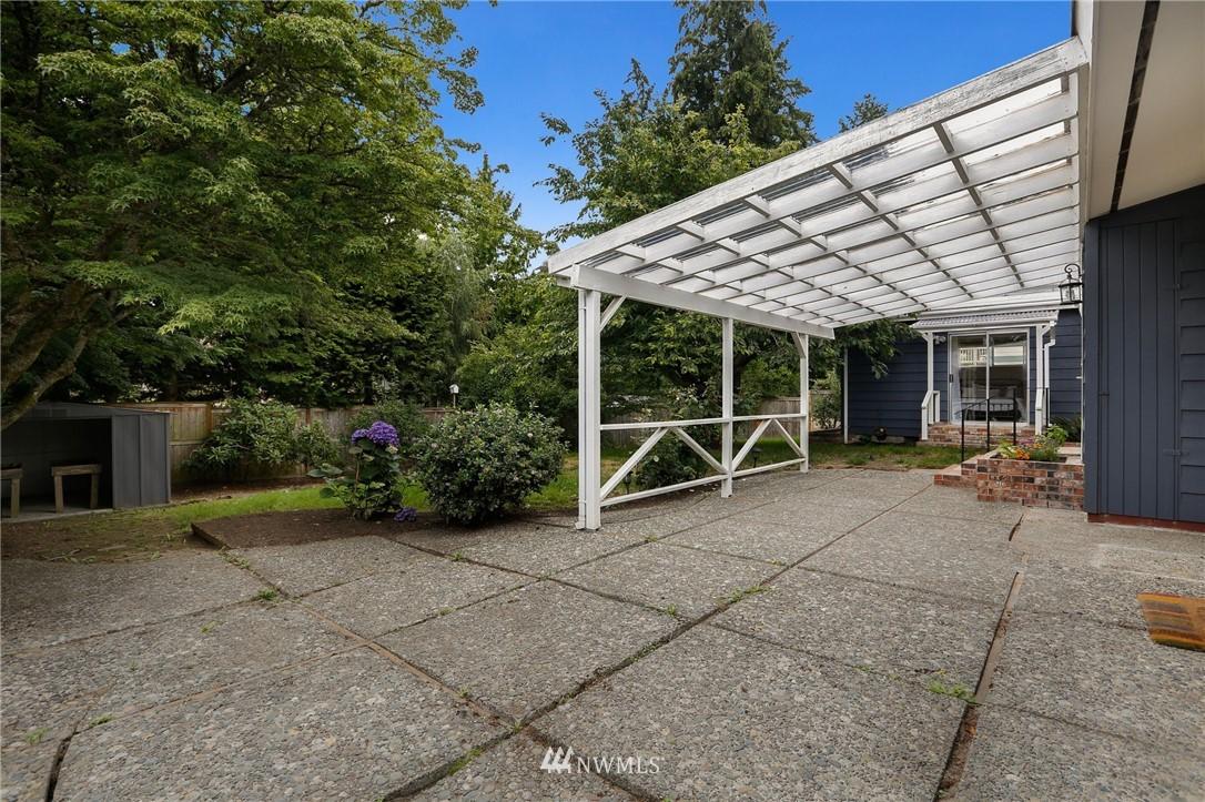 Sold Property | 20430 79th Avenue W Edmonds, WA 98026 24