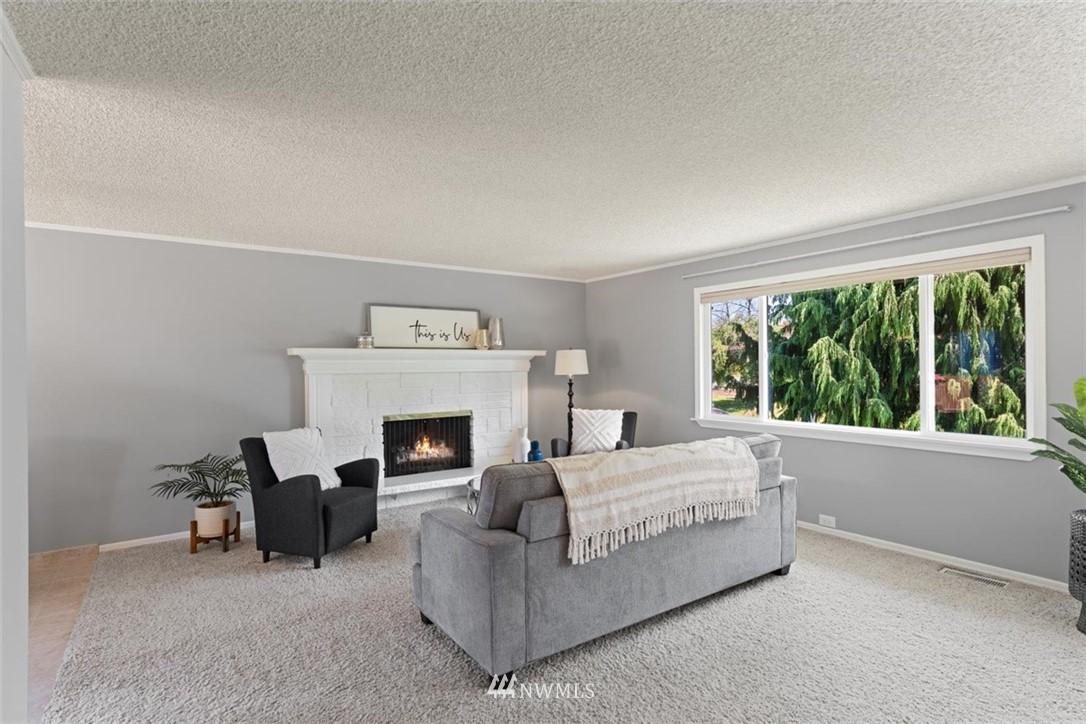 Sold Property | 21902 49th Place W Mountlake Terrace, WA 98043 4