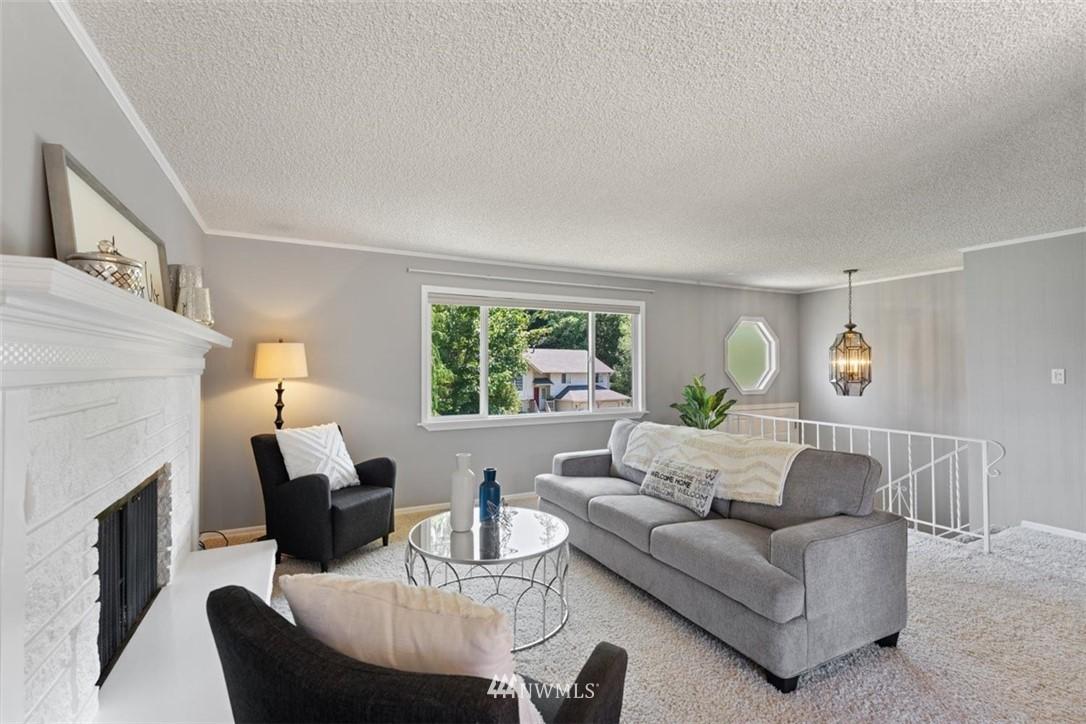 Sold Property | 21902 49th Place W Mountlake Terrace, WA 98043 5