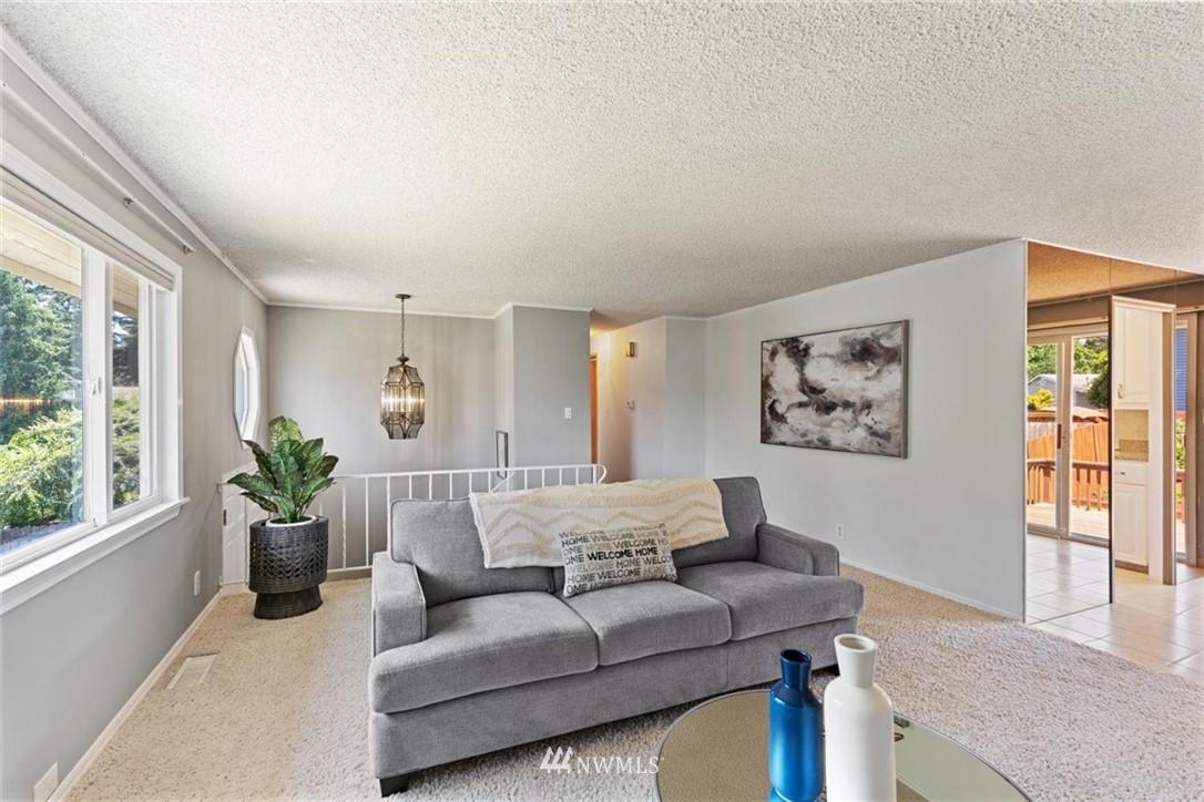 Sold Property | 21902 49th Place W Mountlake Terrace, WA 98043 6