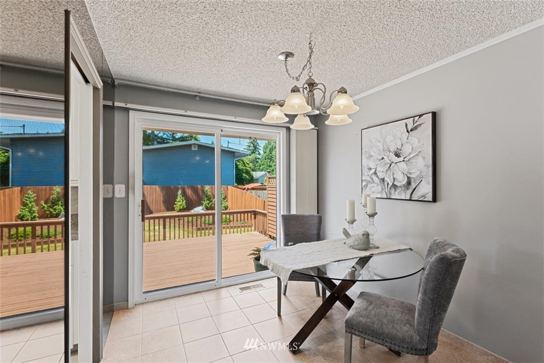 Sold Property | 21902 49th Place W Mountlake Terrace, WA 98043 7
