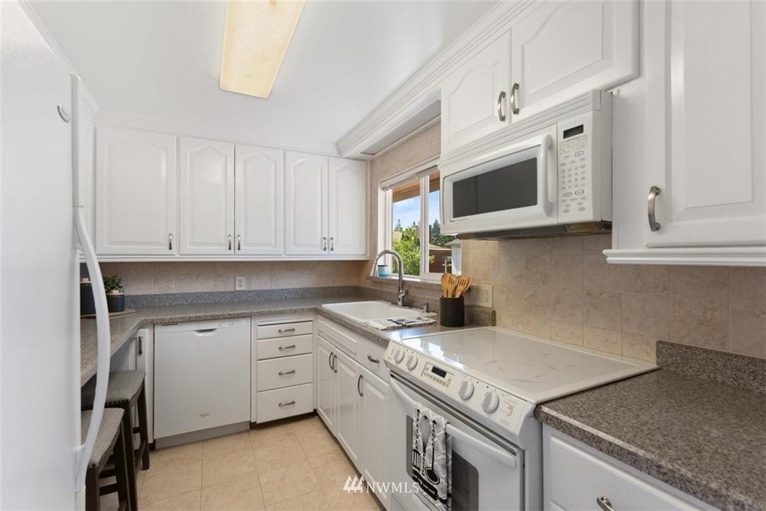Sold Property | 21902 49th Place W Mountlake Terrace, WA 98043 10