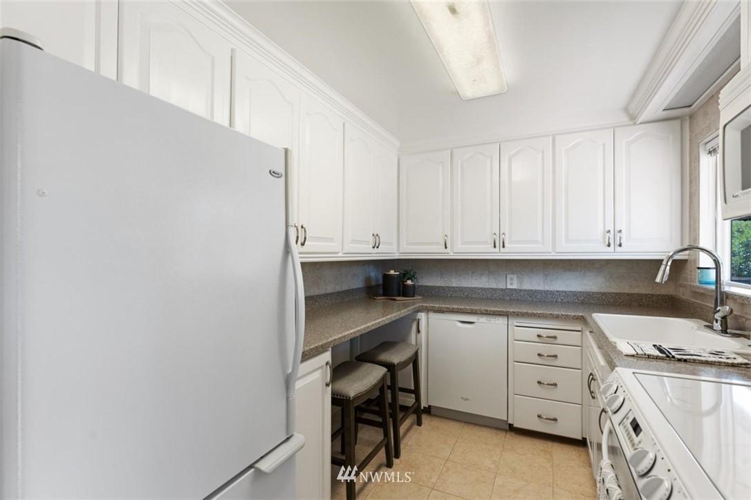 Sold Property | 21902 49th Place W Mountlake Terrace, WA 98043 11