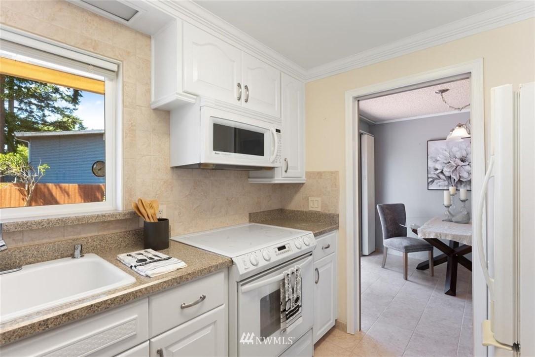 Sold Property | 21902 49th Place W Mountlake Terrace, WA 98043 13