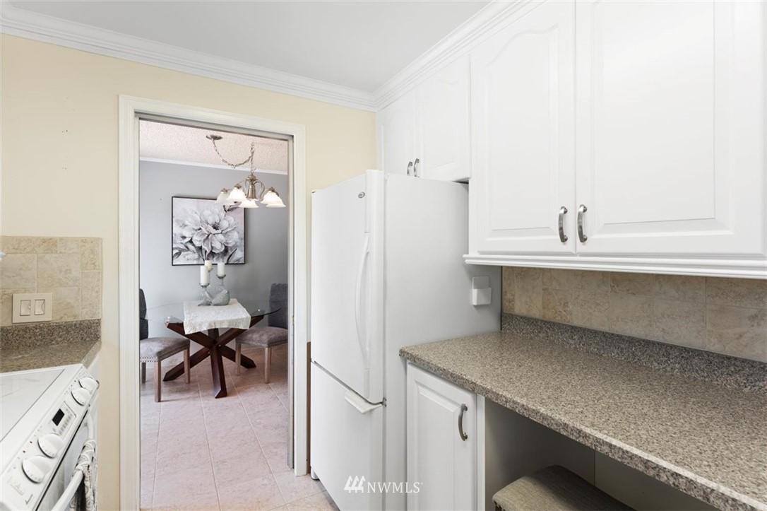 Sold Property | 21902 49th Place W Mountlake Terrace, WA 98043 14