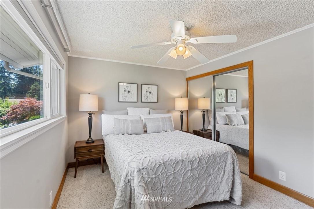 Sold Property | 21902 49th Place W Mountlake Terrace, WA 98043 19