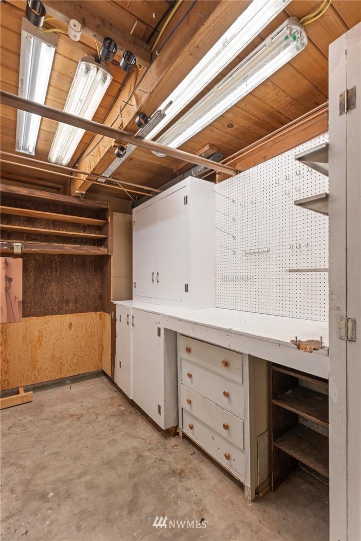 Sold Property | 21902 49th Place W Mountlake Terrace, WA 98043 29