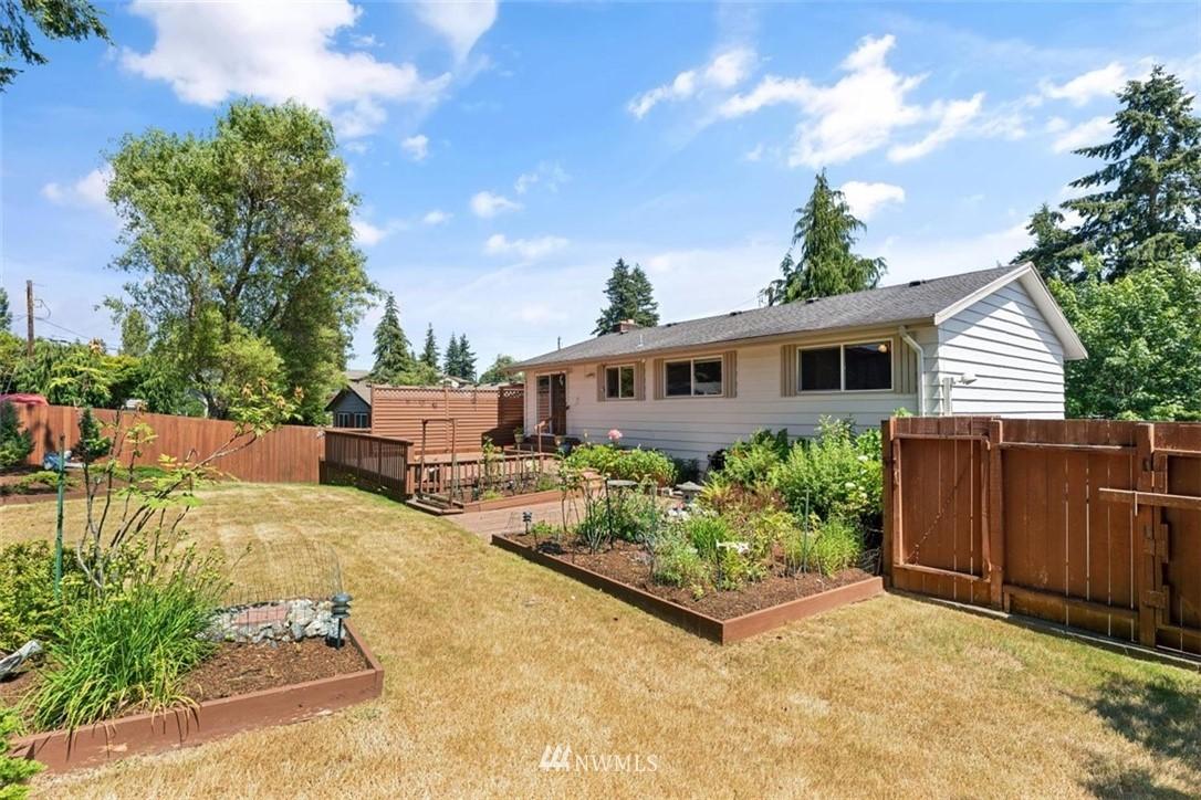 Sold Property | 21902 49th Place W Mountlake Terrace, WA 98043 36