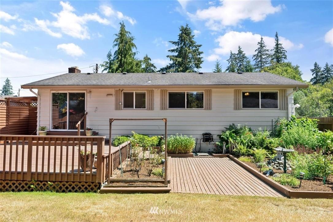 Sold Property | 21902 49th Place W Mountlake Terrace, WA 98043 38