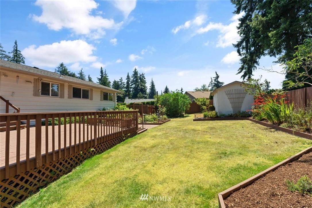 Sold Property | 21902 49th Place W Mountlake Terrace, WA 98043 39