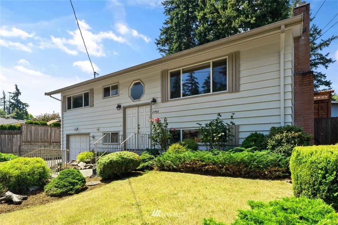 Sold Property | 21902 49th Place W Mountlake Terrace, WA 98043 1