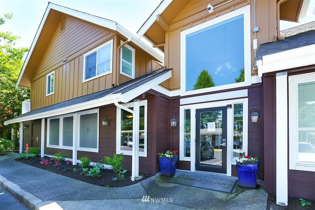 Sold Property | 300 N 130th Street #1303 Seattle, WA 98133 20