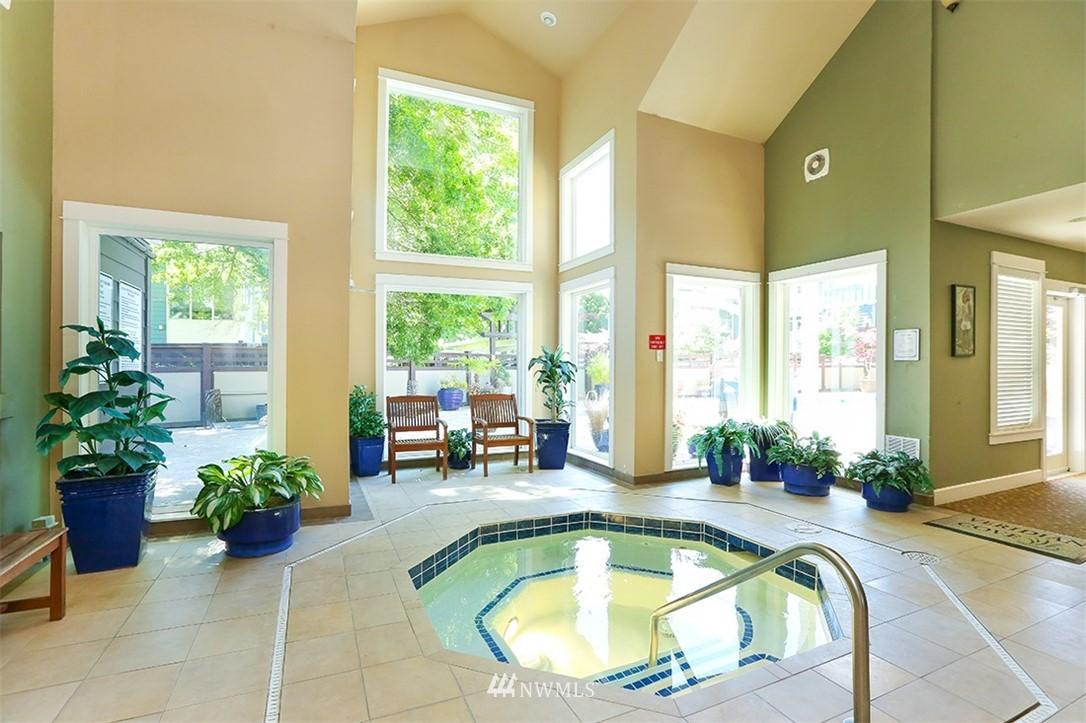 Sold Property | 300 N 130th Street #1303 Seattle, WA 98133 22