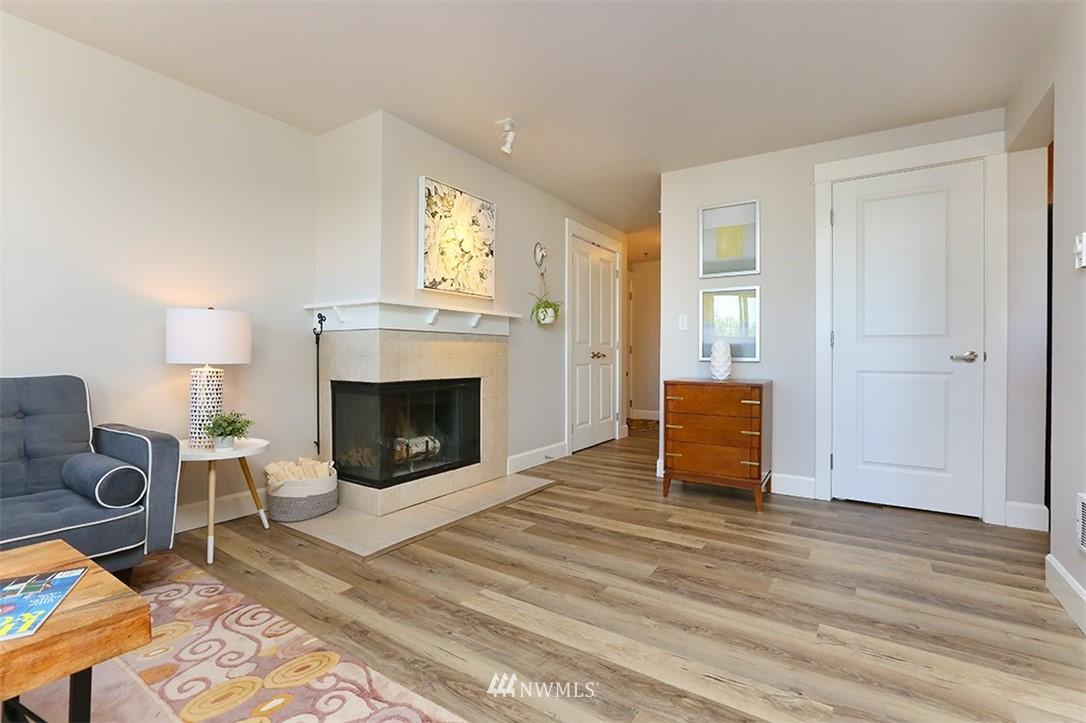 Sold Property | 300 N 130th Street #1303 Seattle, WA 98133 13
