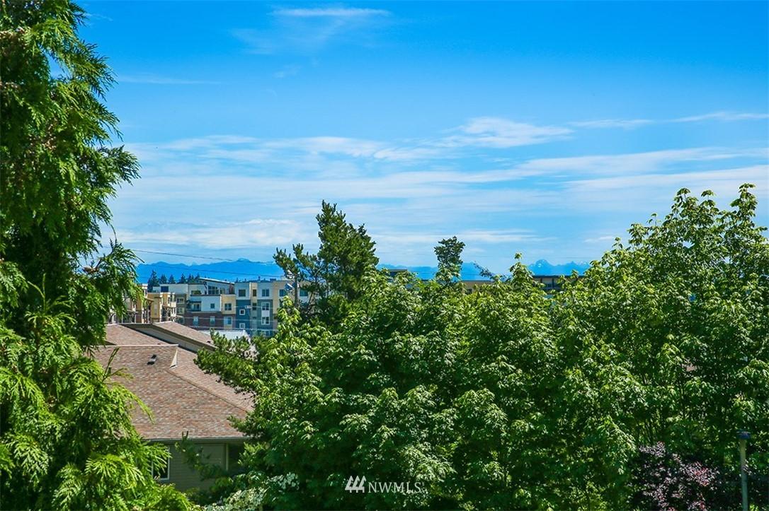 Sold Property | 300 N 130th Street #1303 Seattle, WA 98133 11