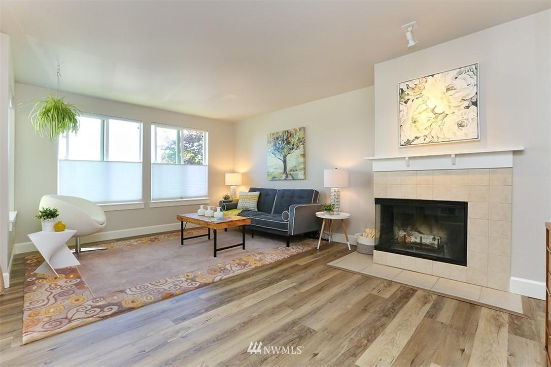 Sold Property | 300 N 130th Street #1303 Seattle, WA 98133 2