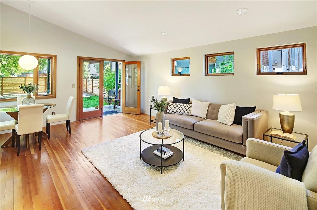 Sold Property | 2801 E Columbia Street Seattle, WA 98122 4