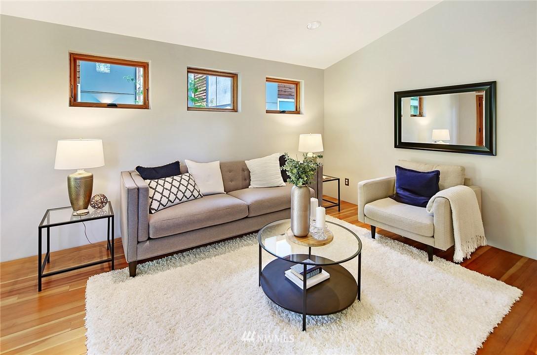 Sold Property | 2801 E Columbia Street Seattle, WA 98122 6