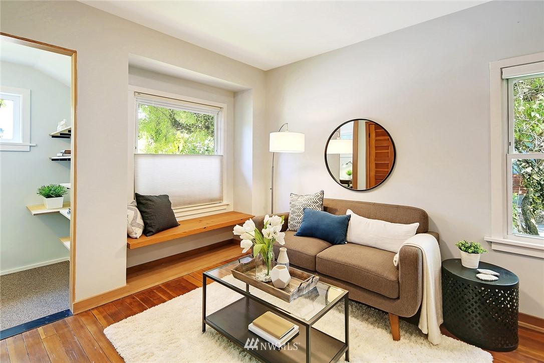 Sold Property | 2801 E Columbia Street Seattle, WA 98122 10
