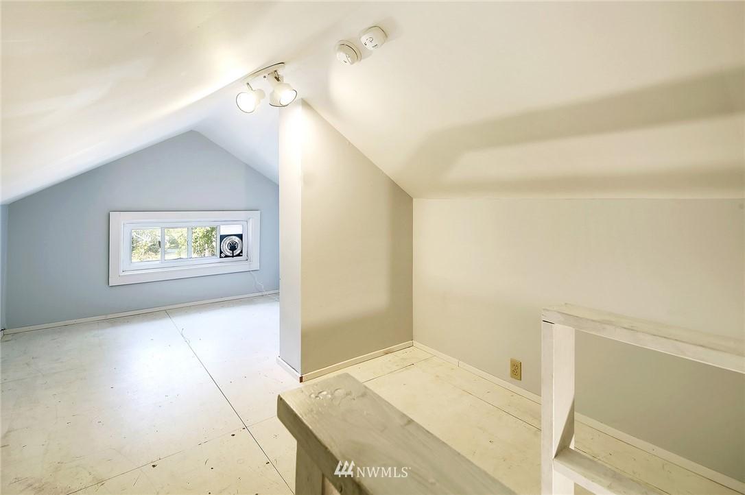 Sold Property | 2801 E Columbia Street Seattle, WA 98122 19
