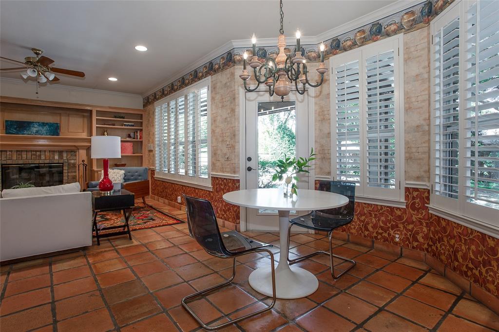 Pending   11724 Ferndale Lane Fort Worth, Texas 76008 17