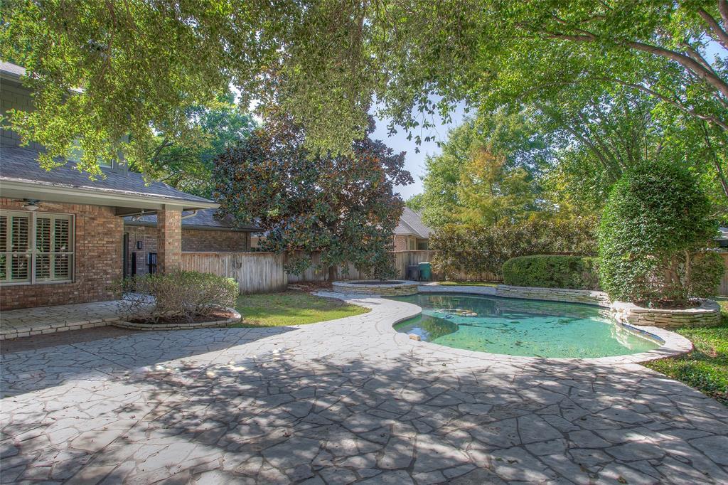 Pending   11724 Ferndale Lane Fort Worth, Texas 76008 34