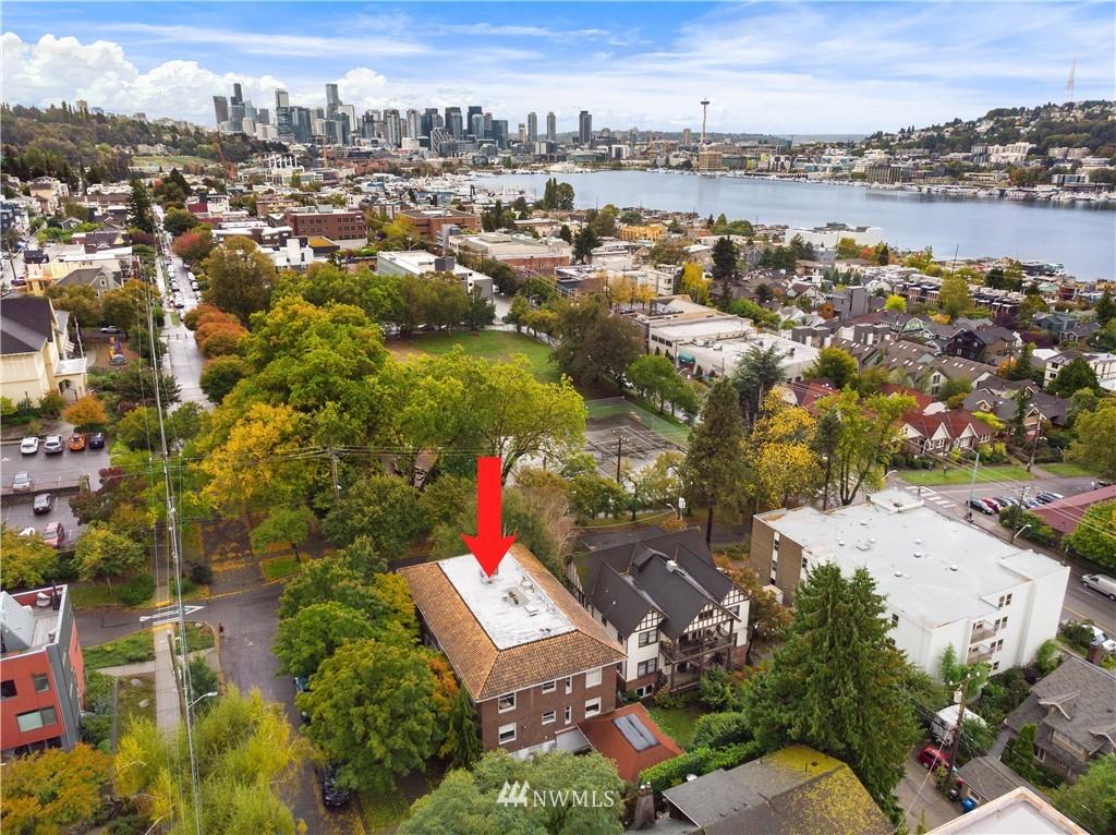 Sold Property | 2605 Franklin Avenue E #E Seattle, WA 98102 21