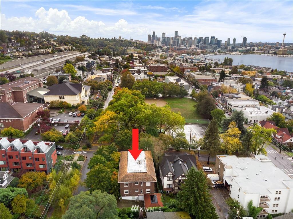 Sold Property | 2605 Franklin Avenue E #E Seattle, WA 98102 22