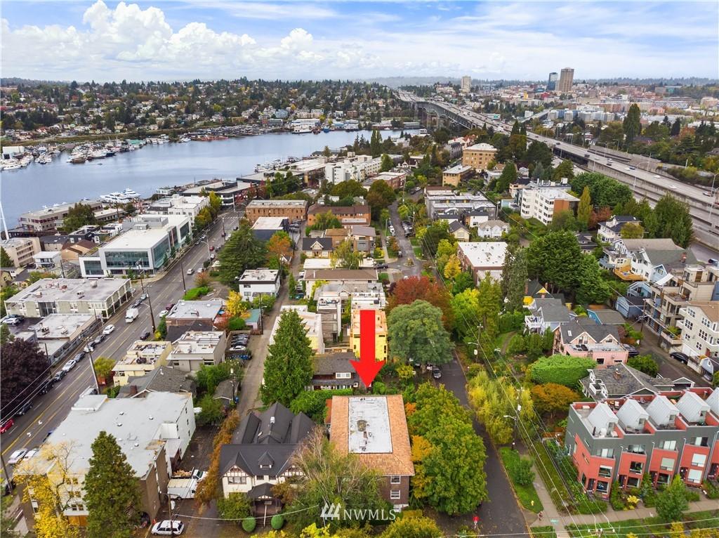 Sold Property | 2605 Franklin Avenue E #E Seattle, WA 98102 23