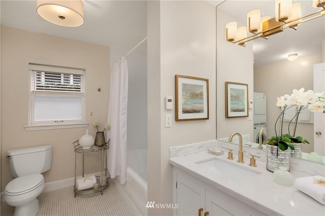 Sold Property | 2605 Franklin Avenue E #E Seattle, WA 98102 13