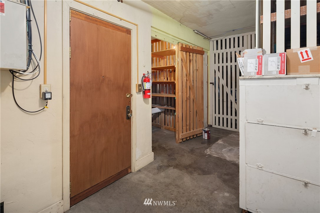 Sold Property | 2605 Franklin Avenue E #E Seattle, WA 98102 16