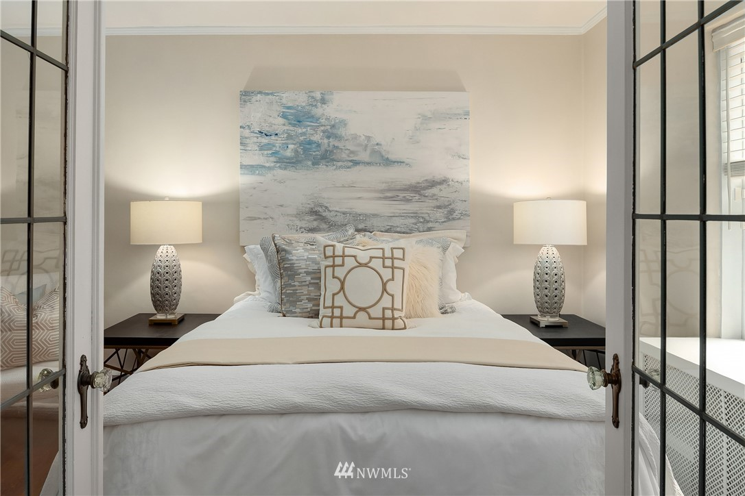 Sold Property | 2605 Franklin Avenue E #E Seattle, WA 98102 10