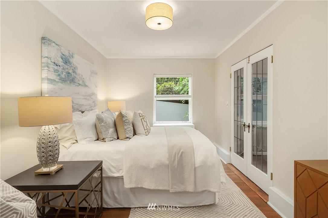 Sold Property | 2605 Franklin Avenue E #E Seattle, WA 98102 11