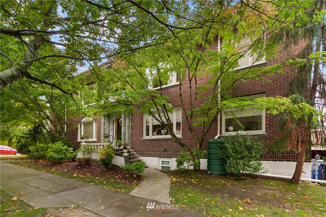Sold Property | 2605 Franklin Avenue E #E Seattle, WA 98102 19