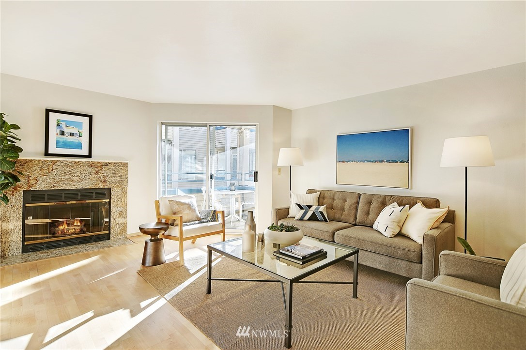 Sold Property | 6960 California Avenue SW #A307 Seattle, WA 98136 3