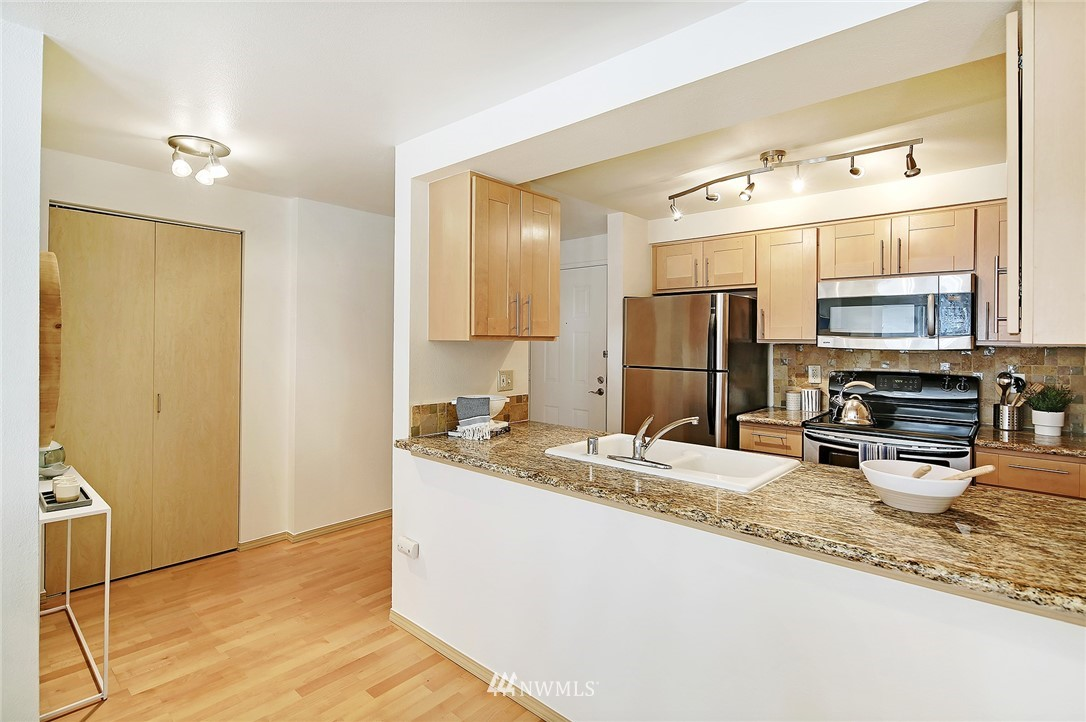 Sold Property | 6960 California Avenue SW #A307 Seattle, WA 98136 8