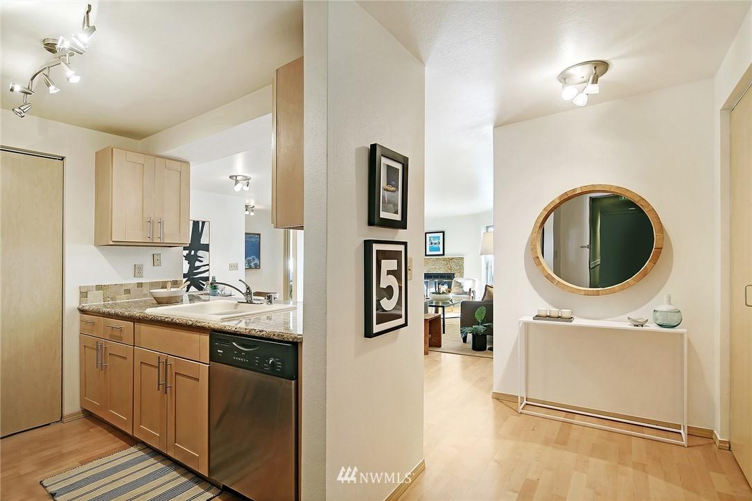 Sold Property | 6960 California Avenue SW #A307 Seattle, WA 98136 9