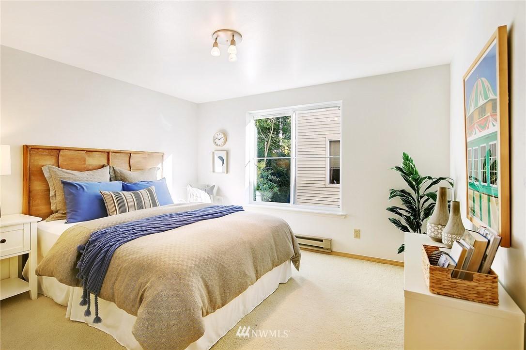 Sold Property | 6960 California Avenue SW #A307 Seattle, WA 98136 11