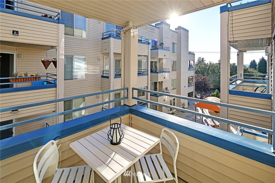 Sold Property | 6960 California Avenue SW #A307 Seattle, WA 98136 14
