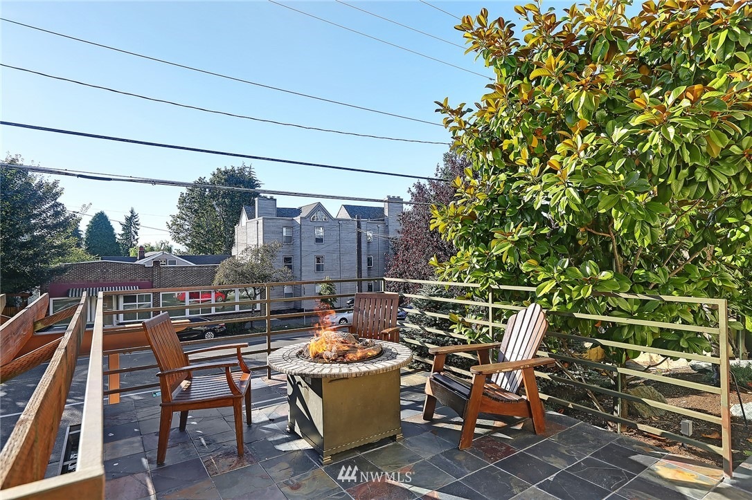 Sold Property | 6960 California Avenue SW #A307 Seattle, WA 98136 17