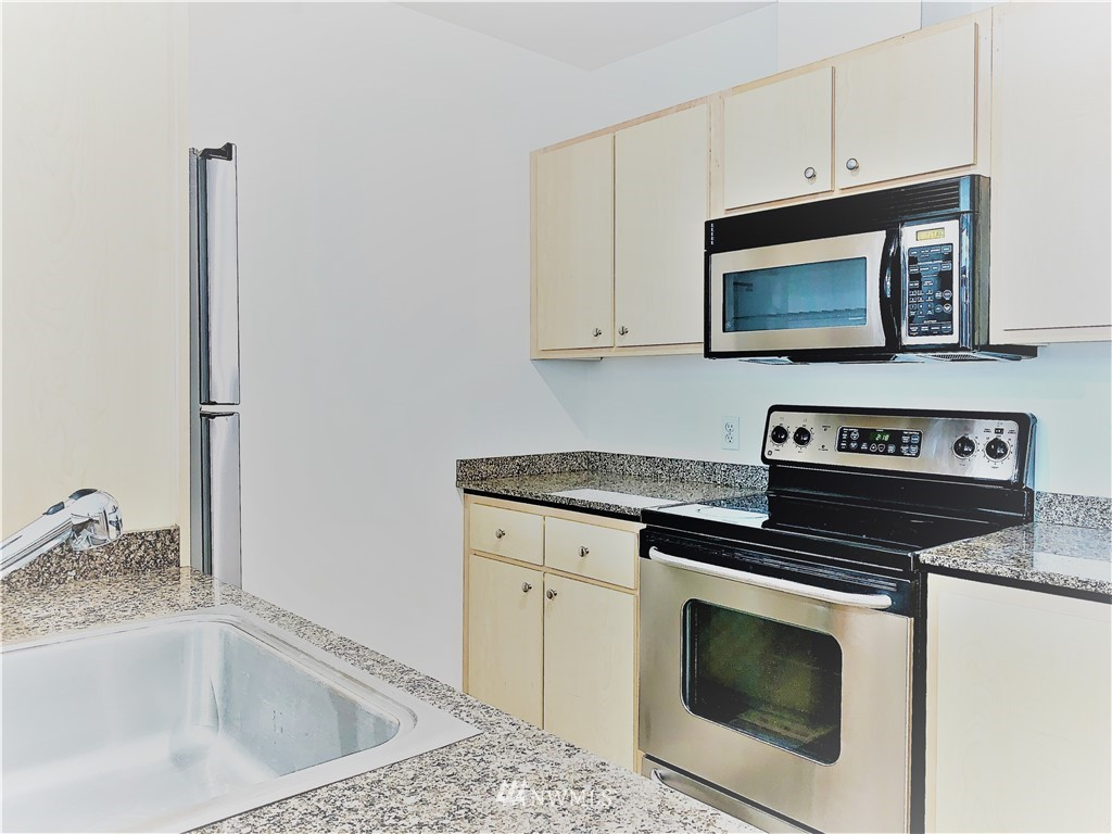 Sold Property   425 23rd Avenue S #A406 Seattle, WA 98144 5