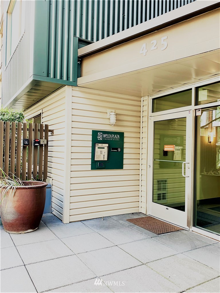 Sold Property   425 23rd Avenue S #A406 Seattle, WA 98144 15